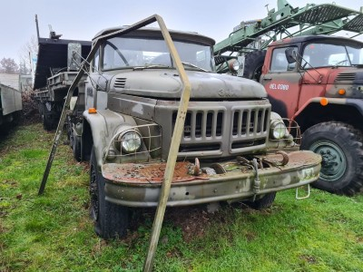 Samochód ZIŁ 131 Ciągnik siodłowy z naczepą MMZ-778K