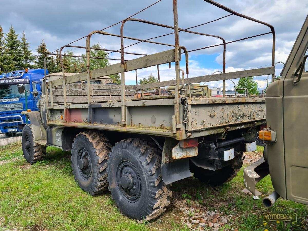 Samochód URAL 375D Skrzyniowy